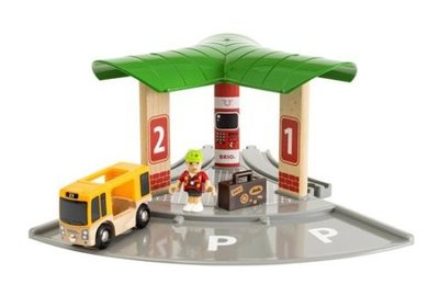 Brio Bus and Train Station